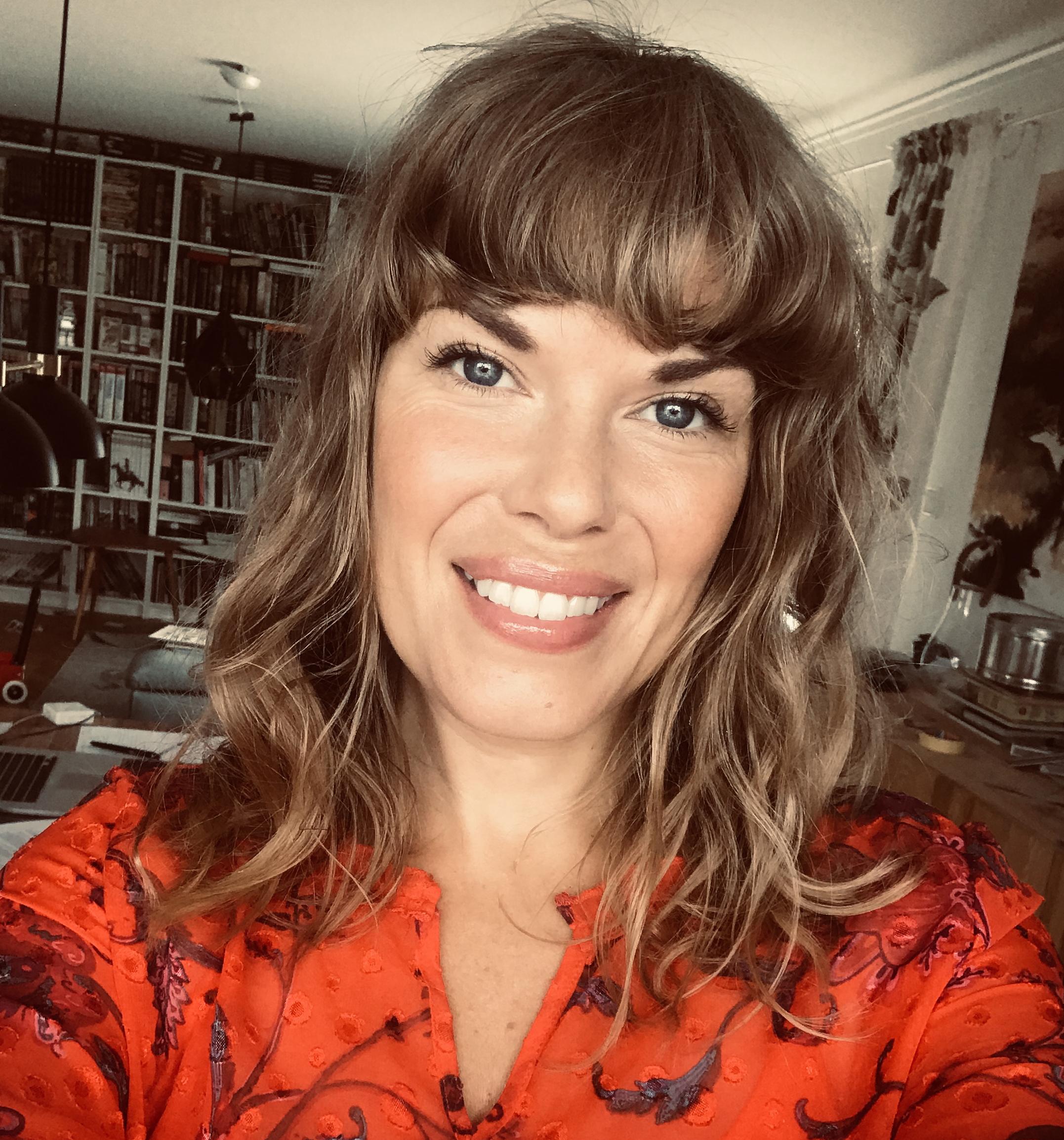 Rebecca Elfast | Be Momentful